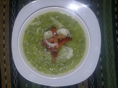 Vellutata di zucchine con pancetta croccante